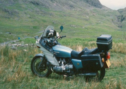 Parked up at the Roman Fort, on top of the Hardknott Pass.